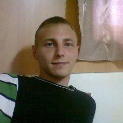 Парень из Москвы, ищу девушку для секса сегодня на ночь